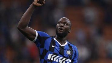 2e match et 2e but pour Romelu Lukaku qui donne la victoire à l'Inter face au Cagliari de Nainggolan